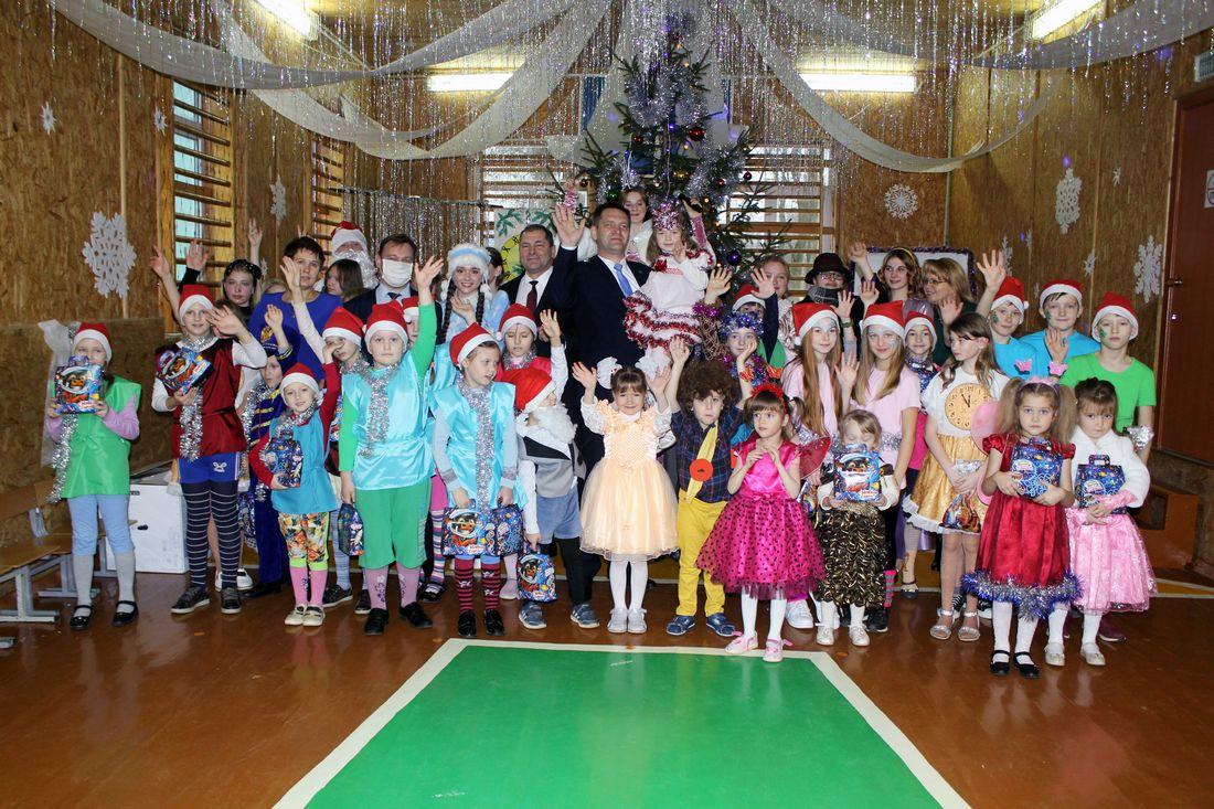 Первый заместитель Министра Алексей Ляхнович принял участие в акции «Наши дети»