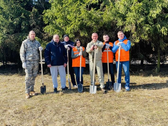 Минтранс принял участие в республиканской акции «Неделя леса»